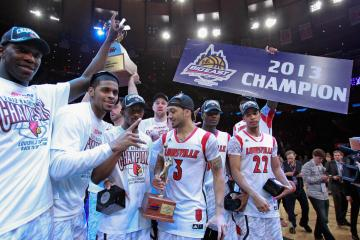 Louisville Enters Final Four As Favorites To Win Title