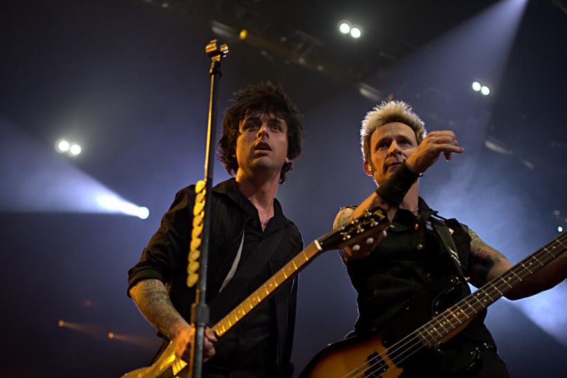billie-joe-armstrong-mike-dirnt.jpg