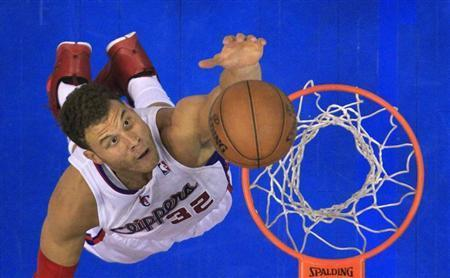 Blake Griffin Nurses Ankle Injury