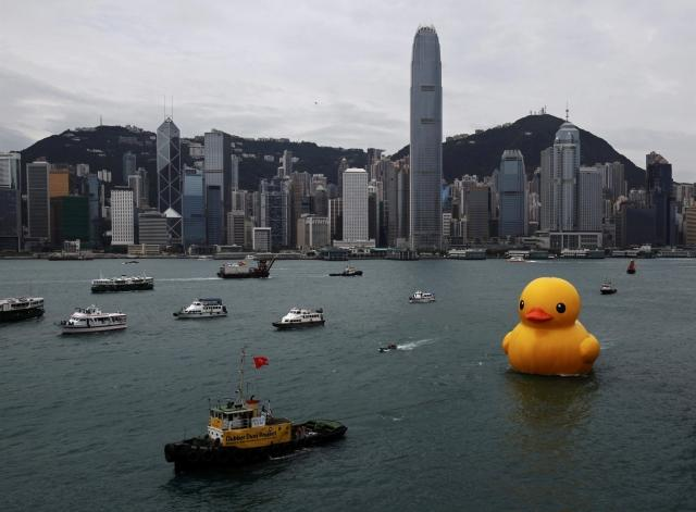 Rubber Duck in Hong Kong