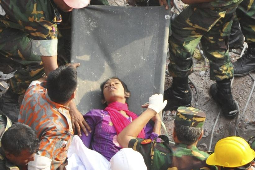 Bangladesh bldg collapse woman alive 10May2013