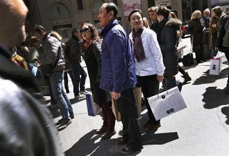 Chinese Tourists Targeted For Theft In France