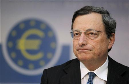 Draghi Defends Central Bank Interest Rate Standstill