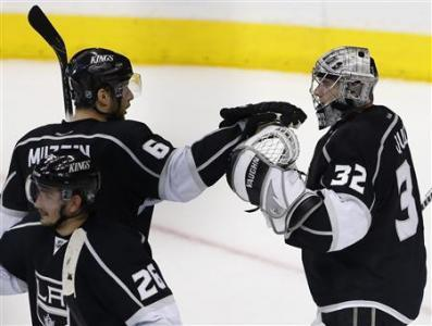 Kings Richards Out Again For Game Four
