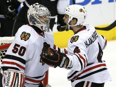 Blackhawks Move To Brink Of Dethroning Kings