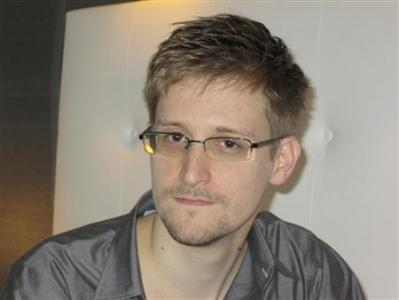 Snowden Seeks Temporary Asylum In Russia