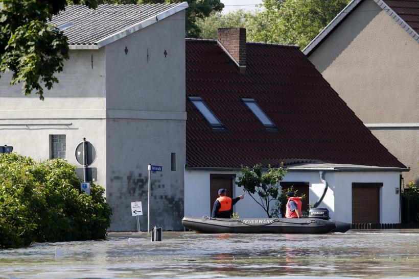 Flooding Europe Firefighters