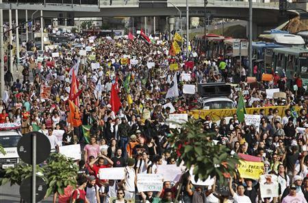 Brazilians Protest Corruption, High Taxes In Biggest Protest In Decades