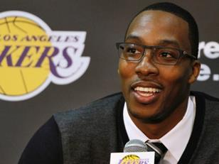 Report: Lakers Easy Choice For Howard