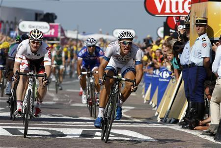 Kittel Takes Second Tour Stage Win In Sprint Finish
