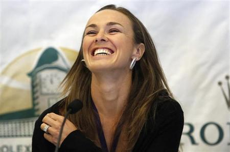 Hall Of Famer Hingis Ends Retirement To Play Doubles
