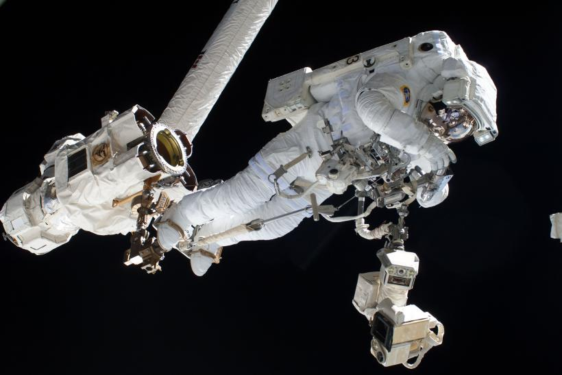 NASA aborted spacewalk
