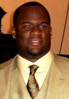 Vince Young Broke: Possessions To Be Sold To Cover $1.7M Debt