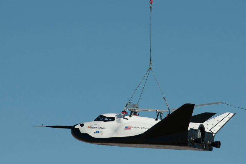 Dream Chaser Captive Carry