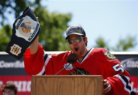 Blackhawks Agree On Contract Extension With Goalie Crawford