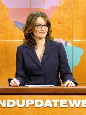 Tina Fey, Miley Cyrus And Bruce Willis To Host 'Saturday Night Live'