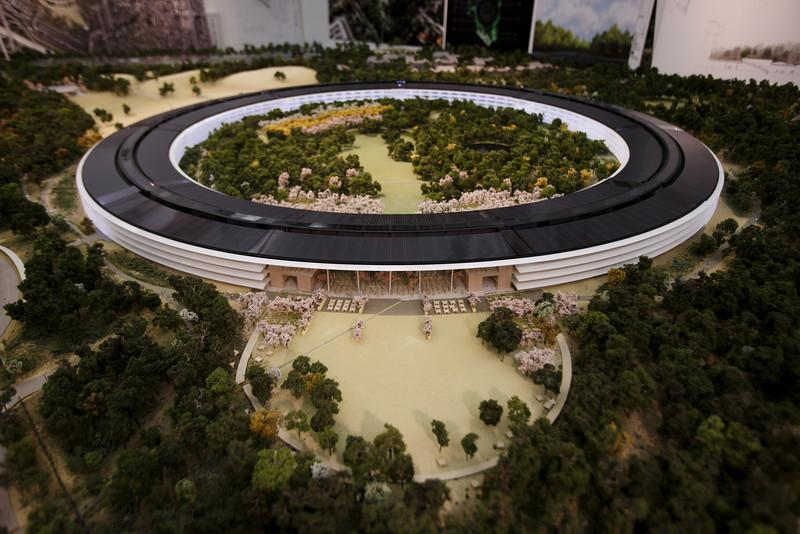 apple-spaceship-campus-1