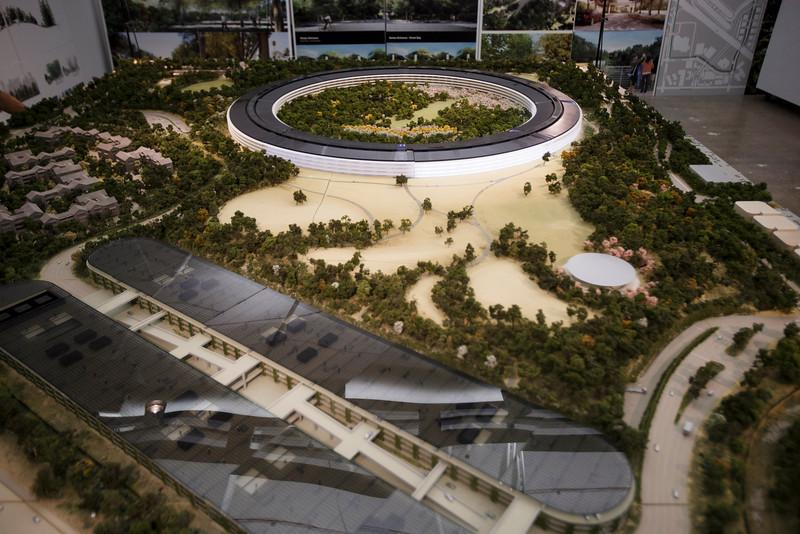 apple-spaceship-campus-12