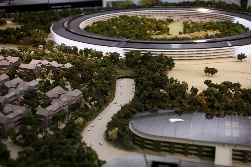 apple-spaceship-campus-14