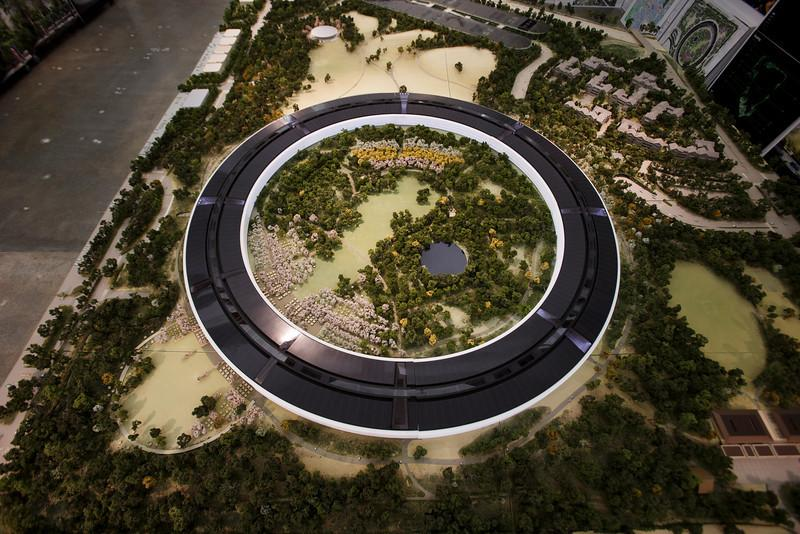 apple-spaceship-campus-18