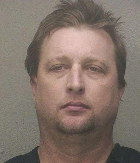 Florida Man, Kenneth Stuart, Allegedly Throws Cat At Girlfriend During Argument [MUG SHOT]