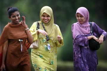 Islamic World Should Empower Women For Economic Advancement: Malaysian PM
