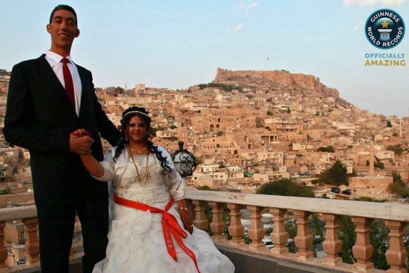 """World's Tallest Man"" Wedding"