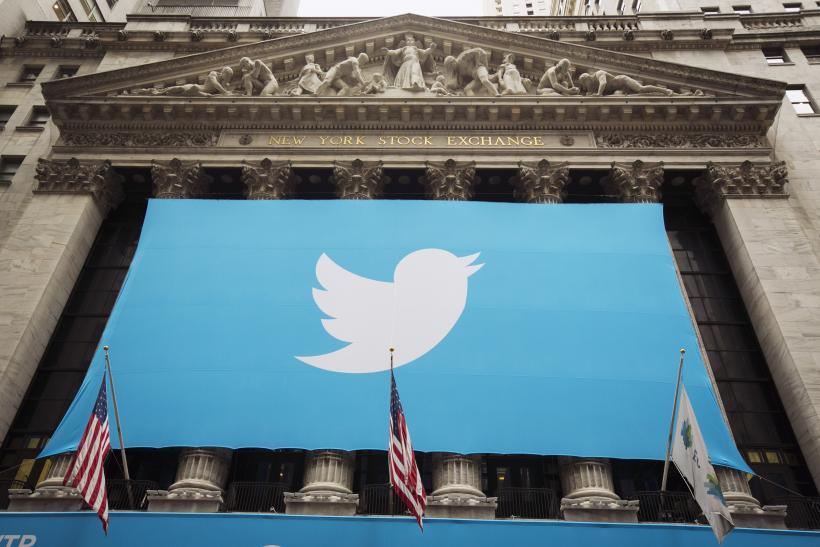 Twitter IPO NYSE flags 7Nov2013