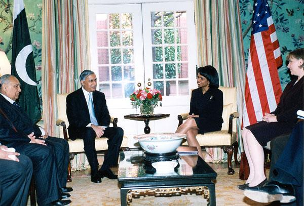 Shaukat Aziz with Condi Rice
