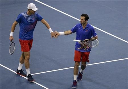Czechs Grab Davis Cup Lead