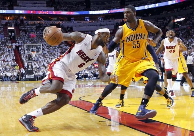 LeBron James Roy Hibbert