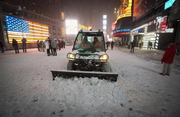 Massive Winter Storm Hammers Northeastern U.S.