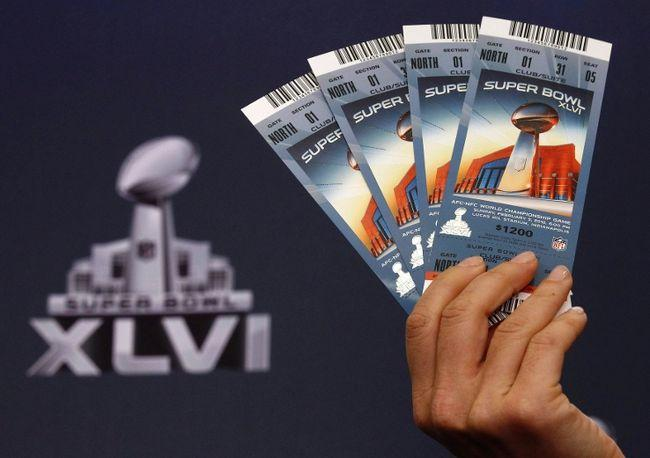 http://s1.ibtimes.com/sites/www.ibtimes.com/files/styles/v2_article_large/public/2014/01/21/super_bowl_tickets.jpg