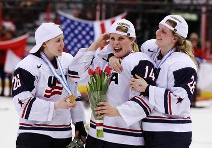 Amanda Kessel USA Women's Hockey