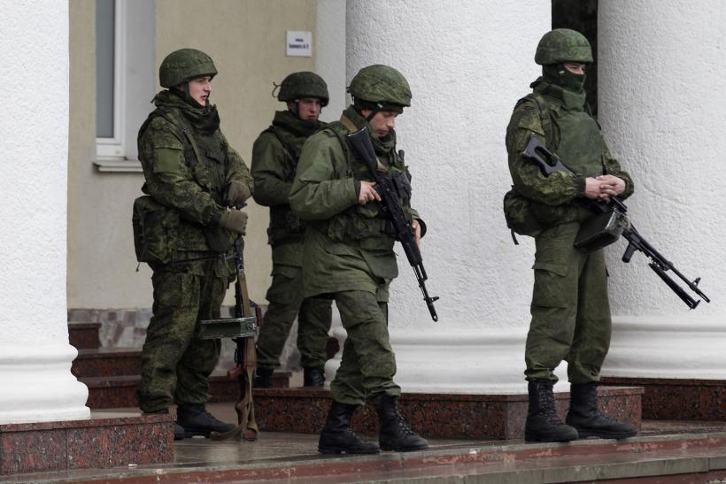 Russia' s Utilization of Unmarked Soldiers In Simferopol, Crimea: Questionable, But Not Unlawful