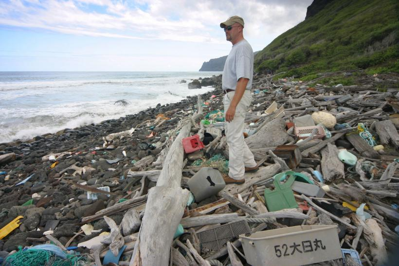 Niihau-Trash-Beach