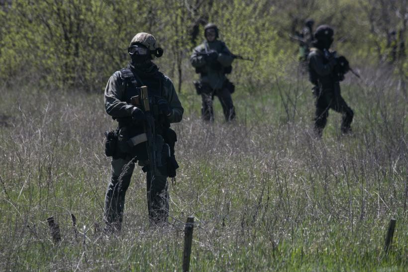 Ukraine soldiers  25April2014