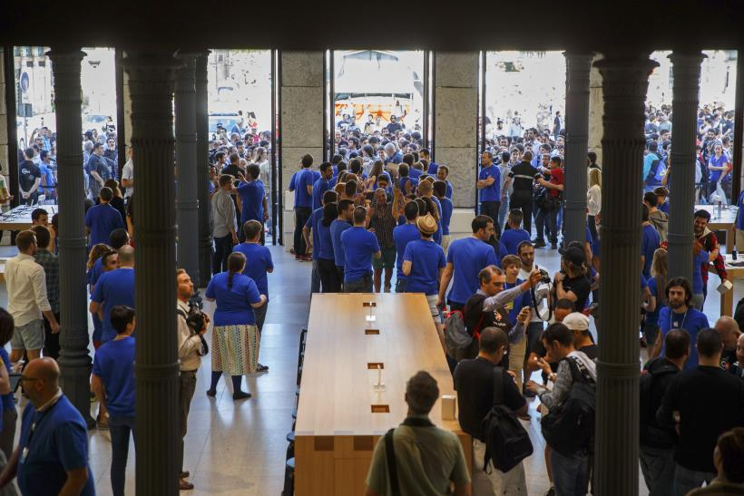 Apple Store Layout EU