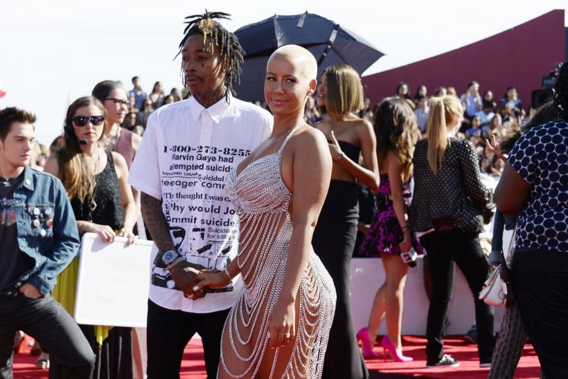 2014 mtv vmas top 10 best and worst dressed stars on the for Wiz khalifa button down shirt