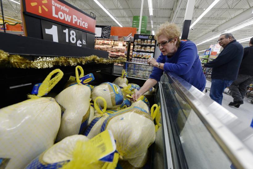 Some Farmers Uneasy As Wal-Mart Rolls Out Organic Line