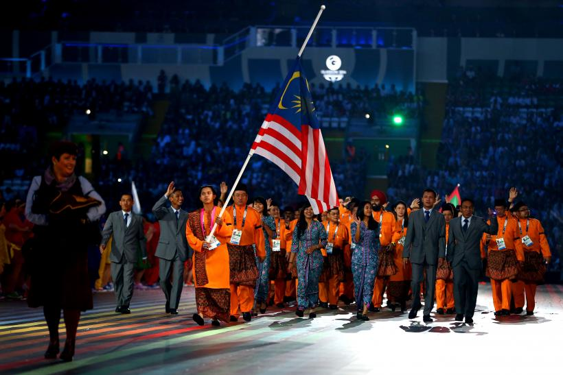 Malaysian Athletes Commemorate MH17 Victims At Commonwealth Games