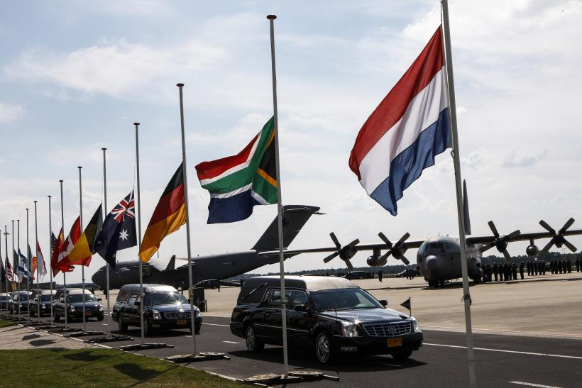 Netherlands Mourns As MH17 Victims' Bodies Are Returned