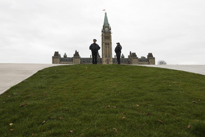 After Ottawa Shooting, US Considers Tougher Border Controls