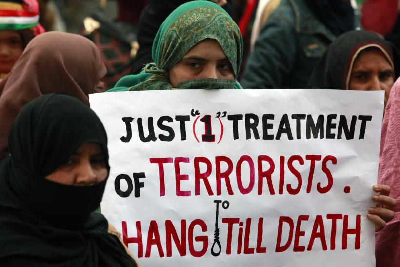 Pakistan Plans To Execute 500 Islamist Militants
