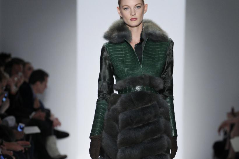 New York Fashion Week: Dennis Basso Celebrates 30 Years In Fashion For Fall 2013 [PHOTOS]