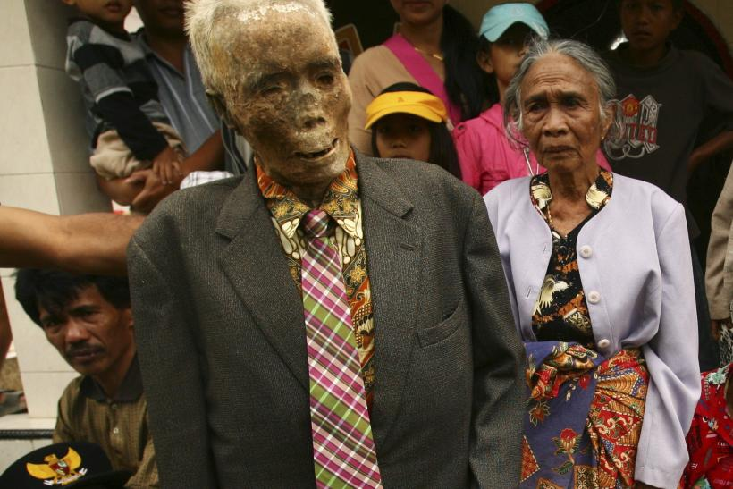 Elderly Woman Found Living With Dead Husband For A Month