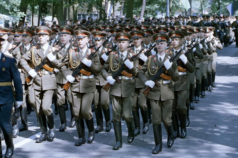Russia's To Create Two New Armies