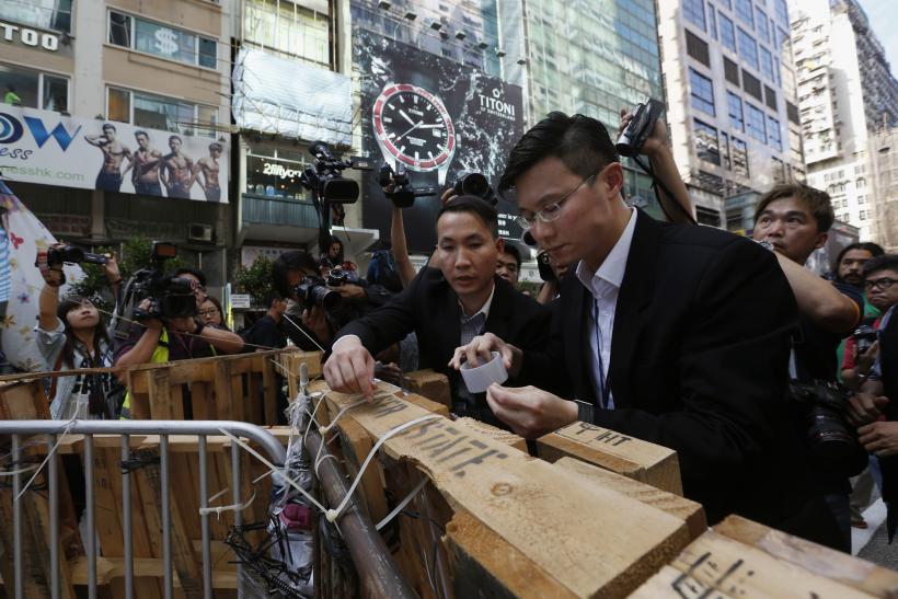 Authorities To Clear Site Of Mong Kok Clashes In Hong Kong