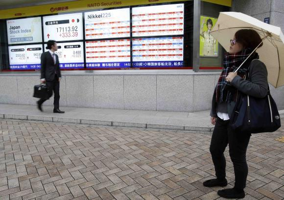 Asia Shares Climb On US Optimism, Oil Pressured Before OPEC