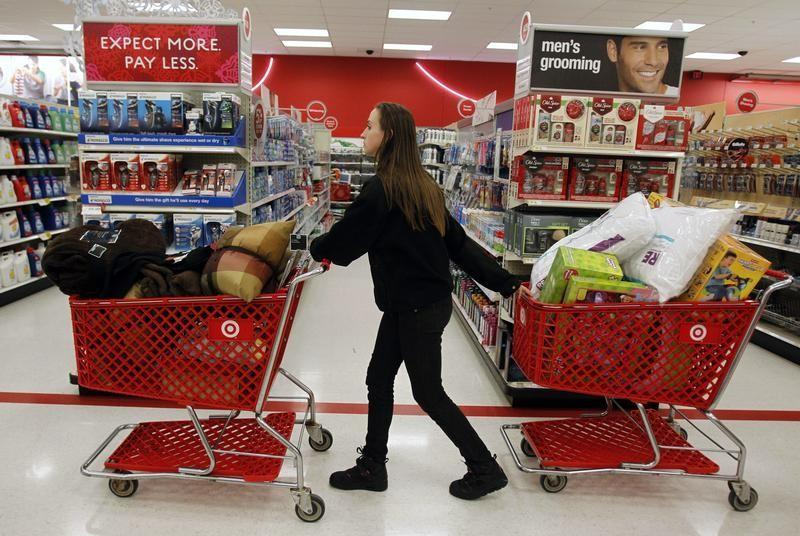 Thanksgiving 2014: Retail Employees Have Mixed Feelings About Working On Thanksgiving